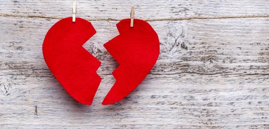 Resultado de imagem para decepção com o amor