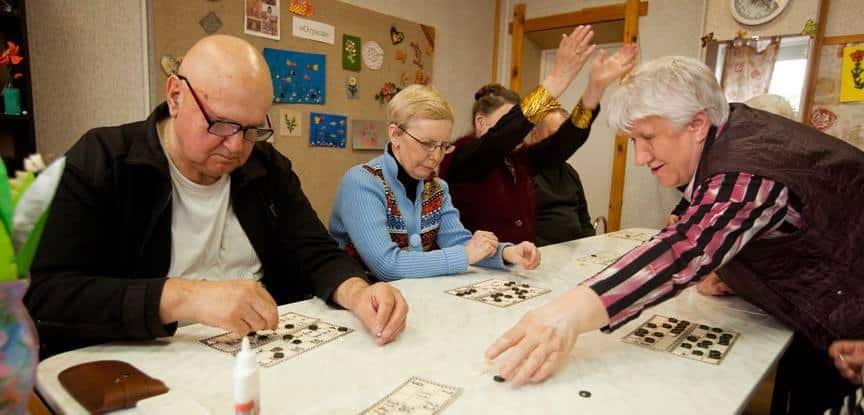 idosos em terapia ocupacional