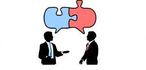 homens conversando