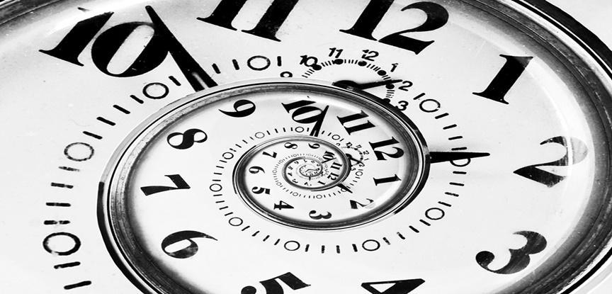 relógio em espiral infinito
