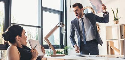 Repreensão secretery empresário