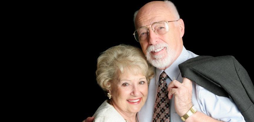 Fotografia de amar envelhecimento do casal