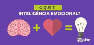 Cérebro, coração e lâmpada– ilustração de bancos de imagens