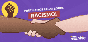 Interracial Handshake aperto